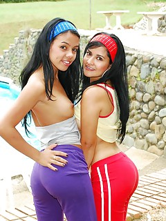 Latina Lesbians Sex Galleries